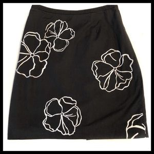 Casual Corner Annex Flora Black Skirt